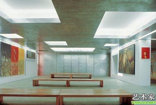 二层,空间设计者为著名的新锐建筑设计师,南京大学教授张雷,艺术馆