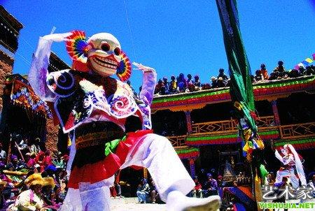 藏族传统舞蹈《羌姆舞》